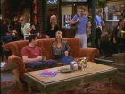 Serveuse au Central Perk